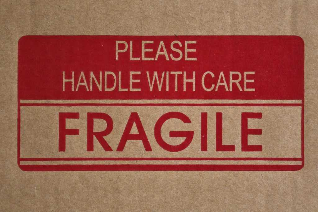 Fragile box label