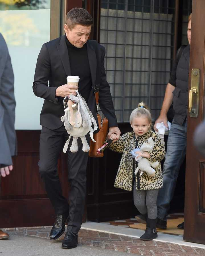 Jeremy Renner and Daughter Ava