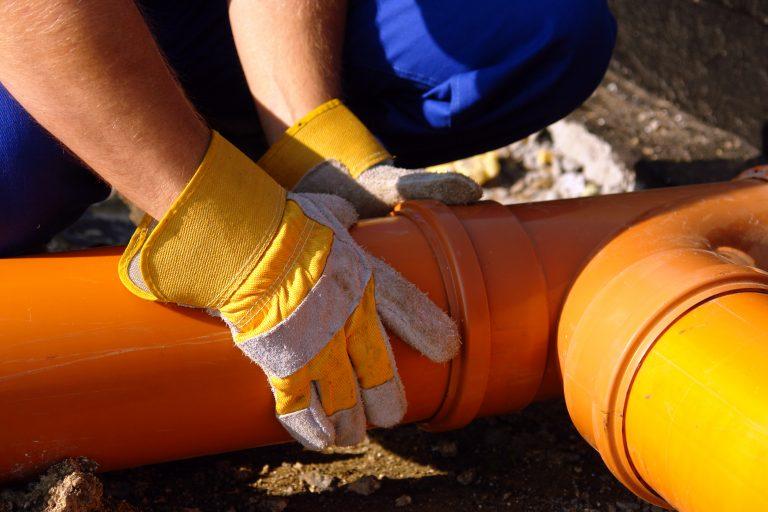 Worker fixing pipeline