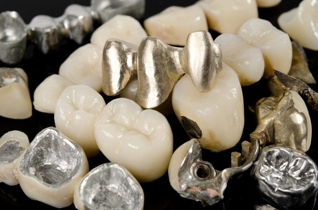 Dental crowns in different colors