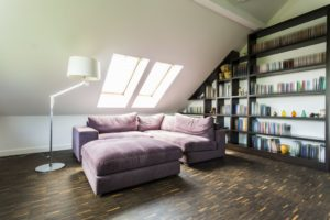 Quiet and comfortable room with bookcase in the attic