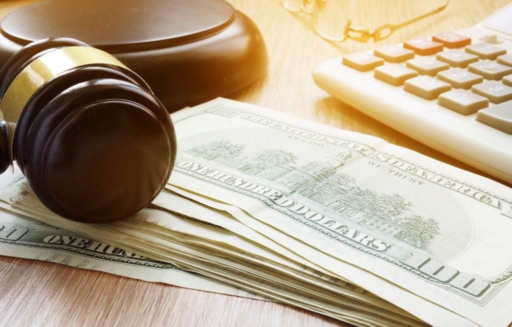 Providing monetary settlement
