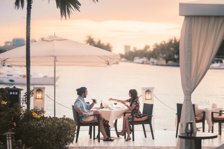 couple dining outside